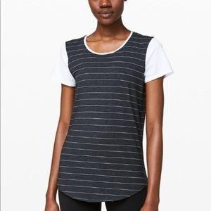 NEW lululemon love crew top t-shirt size 6
